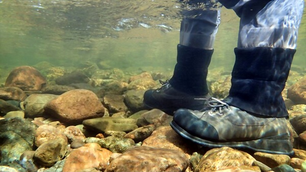 how to choose the Best Wading Boots for Fly Fishing
